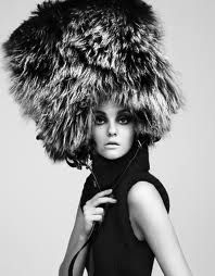 Caroline Trentini Vogue China, January 2008 by Greg Kadel Fur Fashion, White Fashion, Female Fashion, Caroline Trentini, Hair Photography, Fashion Photography, Vogue China, Stylish Hats, Giovanna Battaglia