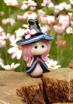 Little Flower Witch Glass Bead by Glaskralen on Etsy