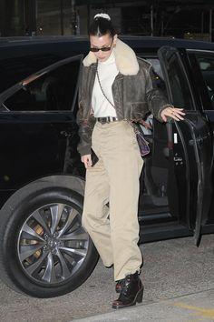 11 14 18  Bella Hadid in New York Μοντέλα Του Χώρου Της Μόδας c22f59065c6