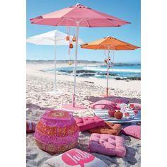 Oben hui und unten auch! Dieser zierliche, farbenfroh pulverbeschichtete runde Schirmständer ist in drei verschiedenen Farben verfügbar und ergänzt wunderschön die stilvoll bunte Optik der jeweils passenden Sonnenschirme.