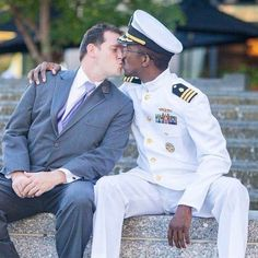 James and Franc Ellzy-O'Malley Cute Gay Couples, Couples In Love, Lgbt Couples, Tumblr Gay, Gay Aesthetic, Men Kissing, Interracial Couples, Military Fashion, Military Men