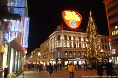 Eger-torget in Oslo at Christmas.I miss you so much Norway! Cooking Contest, Norwegian Christmas, Walking Street, Central Station, Royal Palace, Faroe Islands, My Heritage, Oslo, Finland