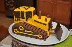 Construction birthday party: bulldozer cake. step-by-step