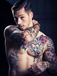 Check Out 30 Best Chest Tattoos For Men. Chest is the best piece of body in the manner of tattoo art. There are varieties of chest tattoo designs. Chest tattoos are getting popularity in both men and women. Tattoo Girls, Girl Tattoos, Tattoos For Guys, Tatoos, Tattooed Guys, Tribal Tattoos, Modern Tattoo Designs, Gorgeous Men, Beautiful People