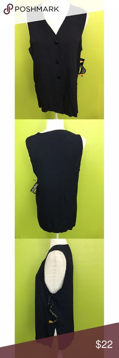 """Briggs New York Sleeveless Black Top Size Small B1540 New With Tag  Bust - 38"""" Length - 27.5""""  Sleeveless, V Neck, Button Down, Slit Sides, Black Top  Free shipping on orders over $75 Briggs New York Tops"""