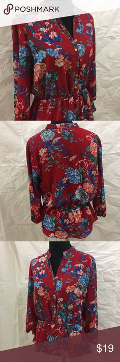 New York & Company red floral peplum shirt New York & Company red floral peplum shirt. Gorgeous print. Very flattering fit 👌🏻🌹 New York & Company Tops Blouses
