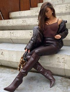 Camel Boots, Red Boots, Leather Boots, Brown Boots, Riding Boot Outfits, Winter Boots Outfits, Leather Fashion, Fashion Boots, Slouchy Stiefel