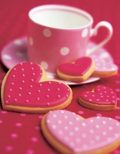 polka dotted heart cookies