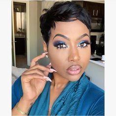 Buy this high quality wigs for black women lace front wigs human hair wigs african american wigs the same as the hairstyles in picture Cute Hairstyles For Short Hair, Wig Hairstyles, Curly Hair Styles, Natural Hair Styles, Haircuts, Black Women Short Hairstyles, Hairstyles 2016, Short Sassy Hair, Short Hair Cuts