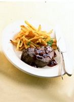Filet Mignon with Shallot-Red Wine Sauce and Garlic Frites