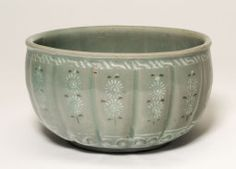 Korea, Fluted Bowl with Chrysanthemum Flower Heads, Goryeo dynasty (918-1392), late 13th century
