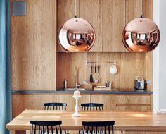 #Koperen bollen, ronde lampenkappen #hanglampen in de #keuken, eetkamer