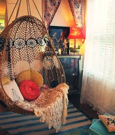 i love this chair. i freaking love it. i will have one