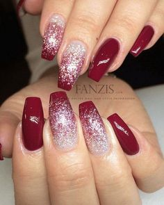 Festive Christmas Nail Designs for 2017. An outstanding Christmas nail art can help you get into the Christmas spirit.Hopefully you will find yours from this list and make you stand out this season. #nailart