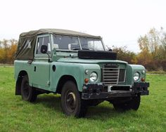 Land Rover 88 Serie III Soft top`.