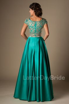 Turquoise Gold Appliques Modest Prom Dresses With Cap Sleeves Long A-line Floor Length College Girls Classic Formal Evening Wear Party Gowns Plus Prom Dresses, Modest Dresses, Pretty Dresses, Homecoming Dresses, Beautiful Dresses, Evening Dresses, Bridesmaid Dresses, Formal Dresses, Party Gowns