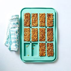 Baked Granola Bars - The Pampered Chef®
