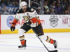 Ryan Kesler (Anaheim Ducks)   26 Hockey Players Who Are Hot As Puck