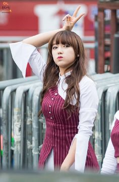 Your number one Asian Entertainment community forum! Yuehua Entertainment, Starship Entertainment, Girl Pictures, Girl Photos, Girl Pics, Xuan Yi, Air Force Blue, Cheng Xiao, Fan Picture