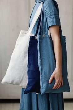SMALL BLUE LINEN BAG