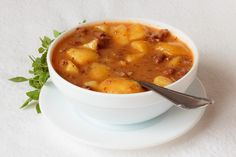 Goulash Soup (Gulášová polievka)Goulash is originally a Hungarian meal, it is very popular in Slovakia. Slovak Recipes, Czech Recipes, Hungarian Recipes, Top Recipes, Cooking Recipes, Slovakian Food, Goulash Soup, Stew, Modern Food