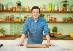 Gewinne mit Weltbild eines von 5 Packages von Star-Koch Jamie Oliver, bestehend aus Kochbüchern, einer edlen Trinkflasche und Trinklas!  Hier geht's zum Wettbewerb: http://www.gratis-schweiz.ch/jamie-oliver-packages-zu-gewinnen/  Alle Wettbewerbe: http://www.gratis-schweiz.ch/