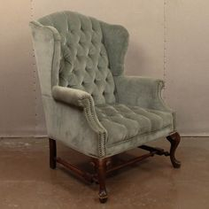 Loot Vintage Rentals // Eleanor Chair
