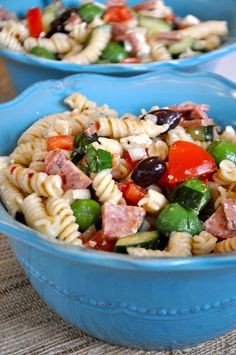Fresh Cooking=Happy People: Bring on the summer salads! This flavorful Greek Pasta Salad was kept me eating healthy all week long! So quick and easy for lunches on the go!