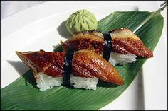 #Unagi sushi. This is eel sushi. Have you ever eaten an eel? No? Please do it. Cooked in this way is delicious. Oishii!!!