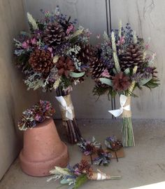 For a long time I have been trying to come up with a bouquet collection featuring pinecones that would look nice in the spring, summer, fall or