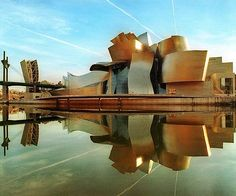 Frank Gehry's Guggenheim Museum....I'm not sure why I like it, but I really do.