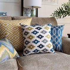 Geometric Decorative Throw Pillows Case Blue Yelllow Cushion Cover Home Decor Cute Chair Seat Couch Pillow Case of sofa Linen Pillows, Couch Pillows, Chair Cushions, Cushion Covers, Pillow Covers, Sofa Home, Geometric Pillow, Decorative Cushions, Textiles