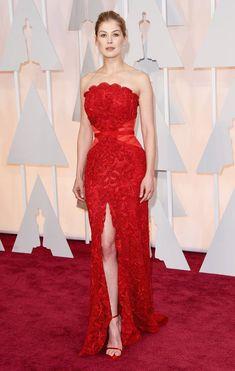 #RosamundPike's Oscar Dress 2015