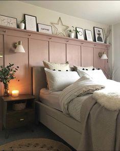 Pink Bedroom Walls, Room Ideas Bedroom, Home Decor Bedroom, Bedroom Color Schemes, Bedroom Colors, Aesthetic Room Decor, Big Girl Rooms, Home Office Design, Beautiful Bedrooms