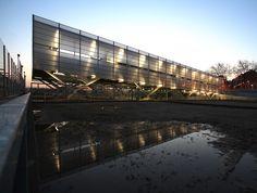 Zona Deportiva Salvador Espriu / Soldevila Arquitectos