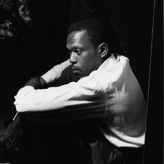 Pianist Kenny Drew at recording session for John Coltrane's Blue © Francis Wolff Jazz Artists, Jazz Musicians, Music Artists, Kenny Dorham, Francis Wolff, Morrison Hotel, Musician Photography, Rock Hudson, Miles Davis