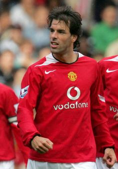 ruud van nistelrooy Manchester United Legends, Manchester United Football, Man Utd Squad, Ruud Van Nistelrooy, Professional Football, Great Team, Man United, Football Players, Premier League