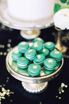 St Patricks day wedding inspiration | Photo by Stephanie Yonce Photography | Read more -  http://www.100layercake.com/blog/wp-content/uploads/2015/03/St-Patricks-day-wedding-inspiration