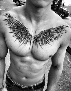 ▷ Cool and Inspirational Wing Tattoo Designs and I .- ▷ 1001 + coole und inspirierende Flügel Tattoo Designs und ihre Beudetungen tattoo wing, man with blackwork tattoo on the breast, black gray photo - Chest Tattoo Wings, Wing Tattoo Men, Wing Tattoo Designs, Tatto Man, Angel Wings Tattoo On Back, Tattoos Masculinas, Body Art Tattoos, Sleeve Tattoos, Tatoos