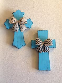 Set of 2 Wall Crosses by bstreetboutique on Etsy, $38.50 - GREAT job Brandi!!