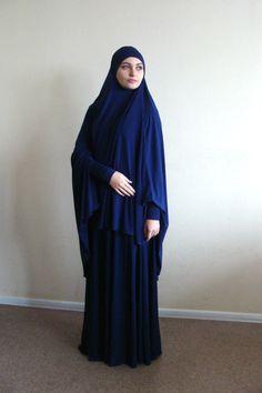 Arab Girls Hijab, Girl Hijab, Modern Hijab Fashion, Abaya Fashion, Muslim Dress, Hijab Dress, Niqab, Muslim Beauty, Dark Blue