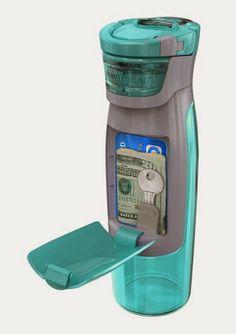 ¿Te gusta ir al gimnasio y no tienes dónde guardar dinero y tarjetas de crédito? Pues esta botella te encantará.