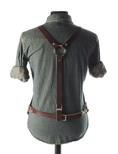 Hand-Dyed Walnut Bison - The Riddering – Calavera Tool Works Shop Apron, Work Aprons, Feeling Broken, Leather Apron, Apron Designs, Leather Conditioner, Leather Projects, Leather Crafts, Hard Wear