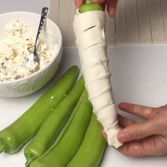 "1,075 Beğenme, 21 Yorum - Instagram'da Lezzeti_ikramlar (@lezzeti_ikramlar): ""@lezzeti_ikramlar . . . @ayse_mutfakta: Hayirli Aksamlar Güzel Hanimlar ❤️ Nokta dahi olsa O…"" Snack Recipes, Cooking Recipes, Snacks, Antipasto, I Foods, Food Art, Food Inspiration, Kitchen Decor, Food And Drink"