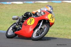 Costello races down under with EBC motorcycle racing brakes. Maria Costello MBE  has been racing down under after visiting Australia for the first time.