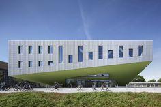 © Jens Kirchner Architects: Benthem Crouwel Architects Location: Barbarastraße, Osnabrück, Germany Design Team: Markus Sporer, Cornelius Wens, Sander