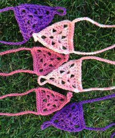 GRANNY TRIANGLE BAREFOOT SANDALS: FREE CROCHET PATTERN