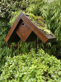 nichoirs pour oiseaux du jardin birdhouse nistkasten on pintere. Black Bedroom Furniture Sets. Home Design Ideas