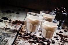 forrás: Baileys, Whisky, Glass Of Milk, Rum, Food To Make, Panna Cotta, Homemade, Drinks, Cooking