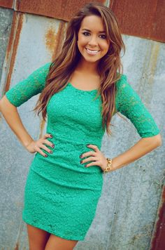Green lace dress <3